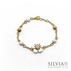 Bracciale a rosario con fiore bianco e beige