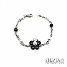 Bracciale a rosario con fiore nero e perla bianca