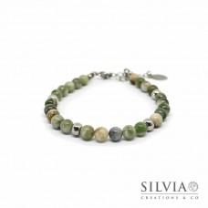 Bracciale uomo con perle di giada verde da 6 mm e chiusura a moschettone