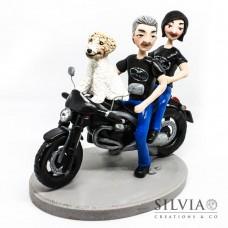 Cake topper personalizzato con moto, cane, uomo e donna