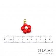 Charm fiore rosso e perla bianca con moschettone