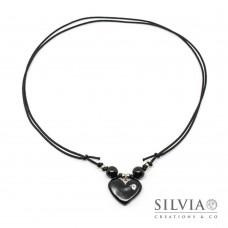 Collana cordino cerato con cuore nero