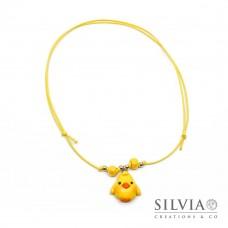 Collana cordino cerato con pulcino giallo