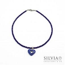 Collana girocollo con cristalli e cuore blu