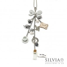 Collana lunga Alice in Wonderland inspired con charms rodio