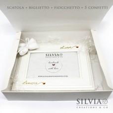 Confezione scatola cornice pelle bianca per bomboniere