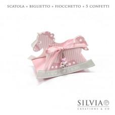 Confezione cavallo a dondolo rosa per bomboniere