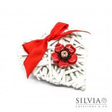 Cuore vimini da 10 cm con fiore rosso