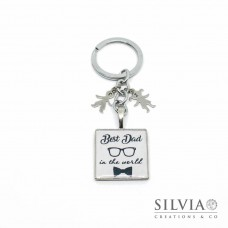 "Portachiavi con scritta ""Best Dad in the world"" e charms con incisione"