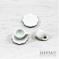 Set tazzina e piattino a fiore in ceramica bianca da 16x09x15 mm