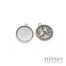 Base cammeo tonda argento antico 32x27 mm vassoio 25 mm