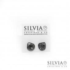 Orecchini a lobo con conchiglia nera e argento 12x10 mm