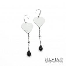 Orecchini pendenti acciaio con cuore in alluminio e cristallo nero