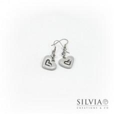 Orecchini pendenti con cuore grigio chiaro medio