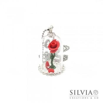 Collana Rosa rossa sotto campana di vetro catena acciaio