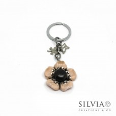 Portachiavi fiore anemone rosa cipria e nero con charms
