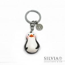 Portachiavi pinguino con charm fiocco di neve