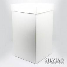 Scatola con coperchio effetto seta bianca per bomboniere 165x165x300 mm