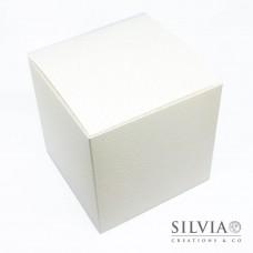 Scatola pieghevole pelle bianca per bomboniere 120x120x120 mm