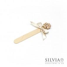 Segnalibro paletta di legno con quadrifoglio beige
