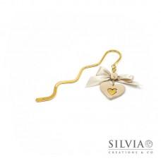 Segnalibro bacchetta oro con cuore beige