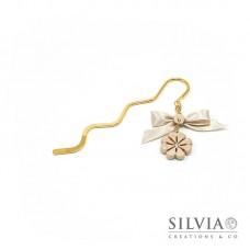 Segnalibro bacchetta oro con quadrifoglio beige